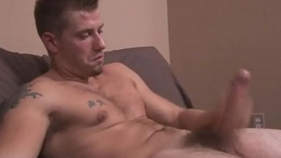 amateur gays   bodybuilder   easy money