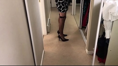 crossdresser   gay sex   jerking off