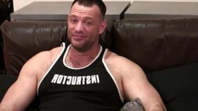 bodybuilder  hung  oral sex